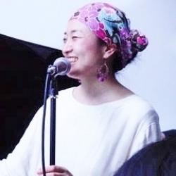 モモ( 佐々木朝美 / Tomomi Sasaki)